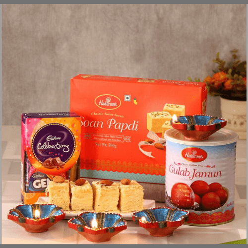 Diwali-Gifts-for-Family-and-Friends